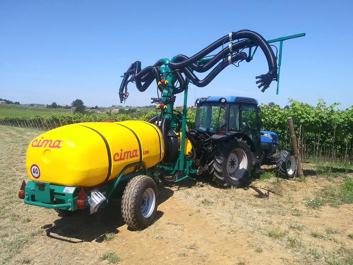 Articulated Sprayer Link with 6 hands 4 cannons sprayhead - Vineyards