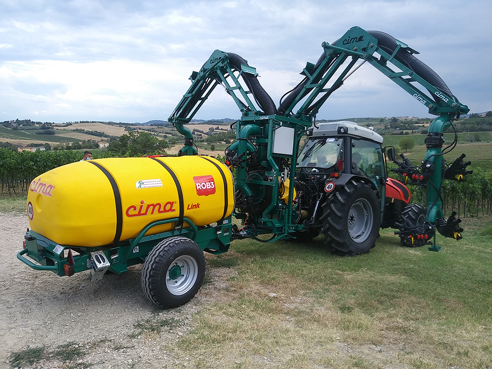 ROB3 EVO - Articulated low volume pneumatic sprayer