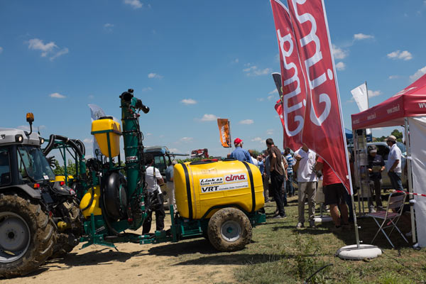 VRT sprayer at Nova Agricoltura 2015